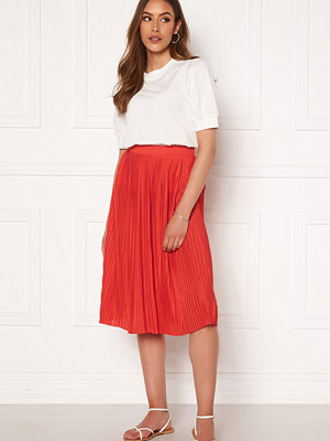Vila Pliss Midi Skirt Flame Scarlet