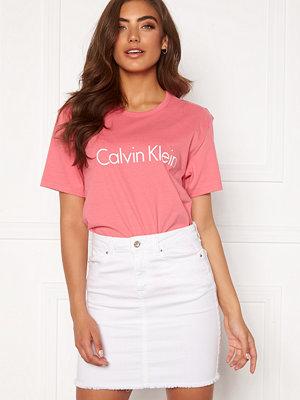 Calvin Klein S/S Crew Neck AD5 Adored