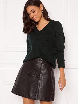 Selected Femme Lulu LS Knit V-Neck Scarab