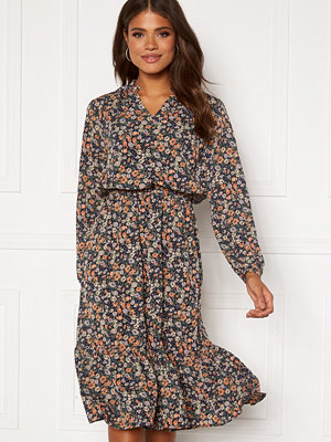 Sisters Point Vessi Dress