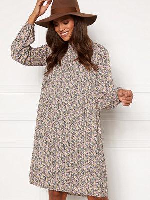 Sisters Point Vaida Dress