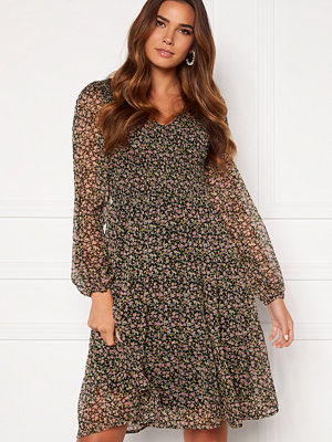 Vero Moda Lola V-Neck Smock Dress
