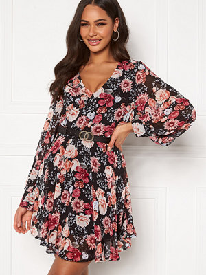 Girl In Mind Maya Cuffed Sleeve Mini Dress Black/Pink Floral