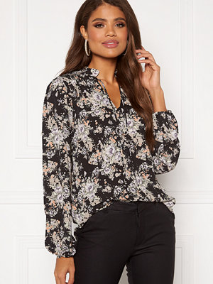 Sisters Point Vitka Blouse