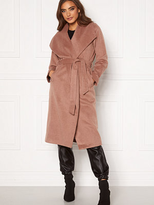 Moa Mattsson X Bubbleroom Pointy collar coat Brown