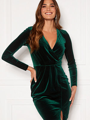 Bubbleroom Claria velvet dress Dark green