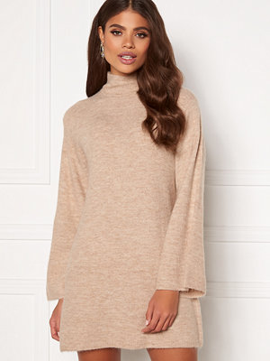 Martine Lunde X Bubbleroom Wide sleeve knitted dress
