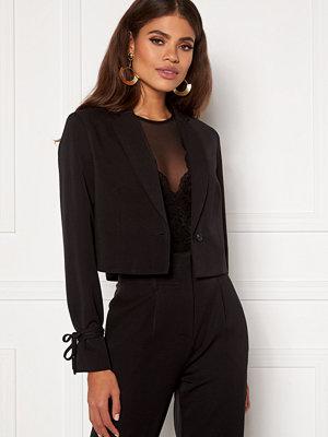 Martine Lunde X Bubbleroom Short tied blazer