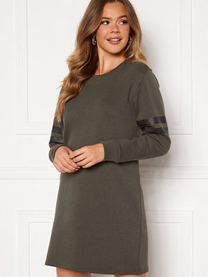 Happy Holly Alice sweat dress