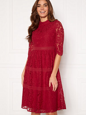 Happy Holly Madison lace dress