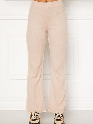 Bubbleroom omönstrade byxor Elleny ribbed trousers