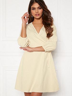 Vero Moda Henna 3/4 Wrap Dress