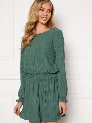 Bubbleroom Cicely pleated dress