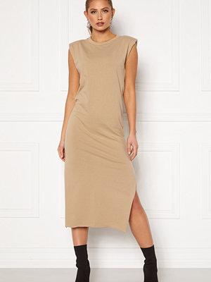 Bohemian Lounge Shoulder Pad Midaxi Dress Camel