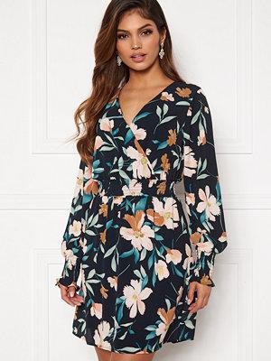 Only Nova Lux S/L V-Neck Smock Dress