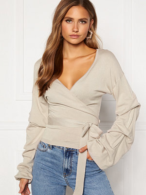 Bubbleroom Maggie knitted wrap top Light beige