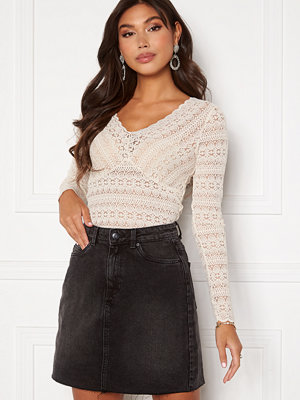 Vila Chikka V-Neck L/S Lace Top