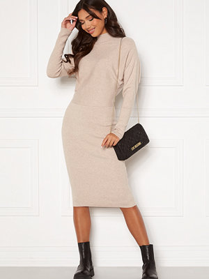 Vila Elasta 3/4 Sleeve Knit Dress