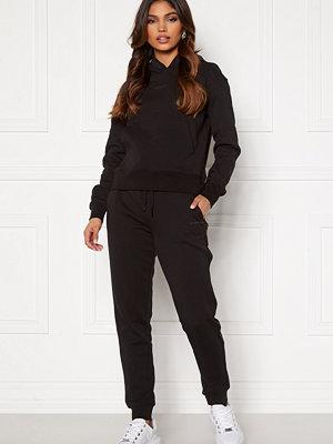 Calvin Klein Jeans svarta byxor Logo Trim Jogging Pant
