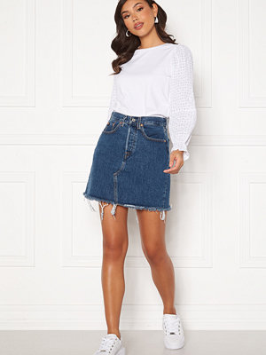 Levi's Hr Decon Iconic Bf Skirt 0009 Meet In The Mid