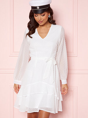 Sisters Point WD Dress 115 Cream