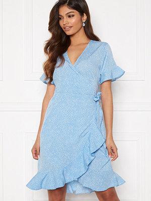 Vero Moda Henna 2/4 Wrap Frill Dress Placid Blue/ Dots