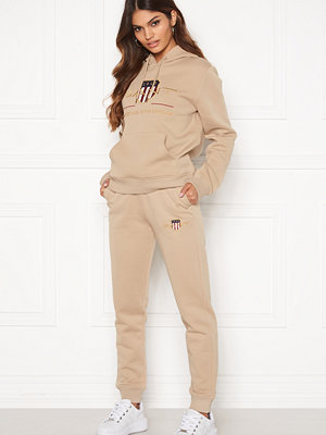 Gant beige byxor Archive Shield Sweat Pant