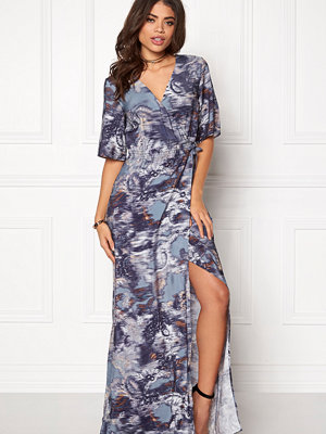 Dagmar Fabiola Maxi Wrap Dress Wallpaper Print