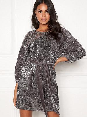 Make Way Lettie sequin dress Grey