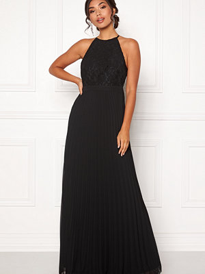 Moments New York Casia Pleated Gown Black