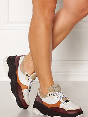Selected Femme Gavina Trainer Shoes Decadent Chocolate