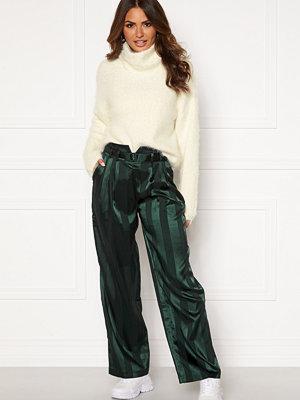 Y.a.s randiga byxor Audrey Wide Pants Green Gambles