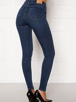 Bubbleroom Miranda Push-up jeans Medium blue