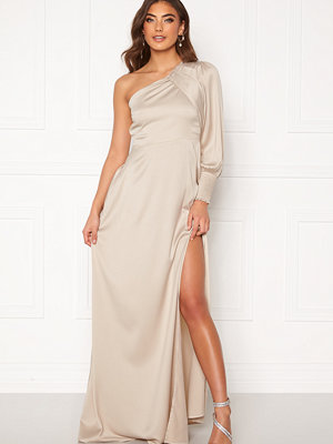 Alexandra Nilsson X Bubbleroom One sleeve gown Champagne