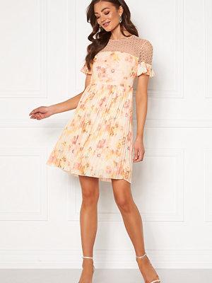 Moments New York Dana Chiffon Dress Floral