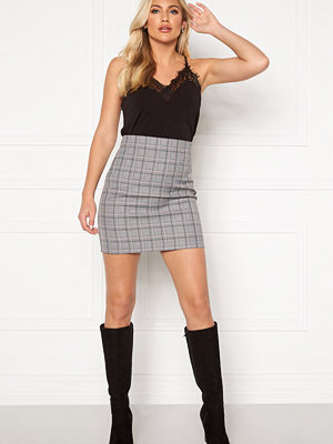 Guess Moniet Skirt L422 Pink and Grey P