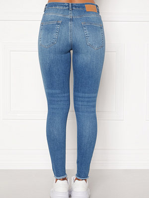 Pieces Delly Cropped Jeans Light blue denim