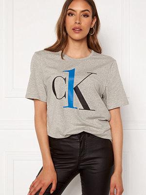 Calvin Klein S/S Crew Neck YG4 Grey Heather