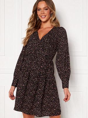 Jacqueline de Yong Caroline L/S Dress Black AOP Pastel FLo