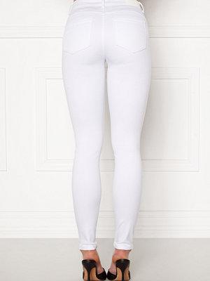 Vero Moda Seven Mr S Shape Up Jeans Bright White