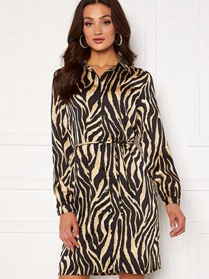 Sisters Point Erika Dress 802 Zebra