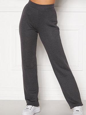 Happy Holly mörkgrå byxor Jade soft pants Dark grey melange