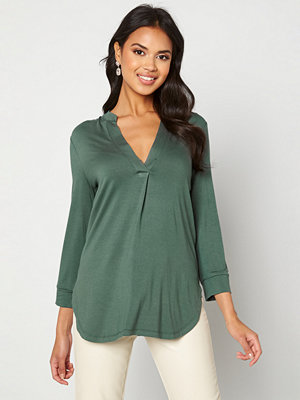 Happy Holly Milly 3/4 sleeve tunic Dusty green