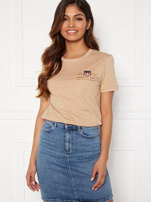 Gant Archive Shield SS T- Shirt Dry Sand