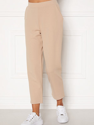 Bubbleroom omönstrade byxor Bella soft trousers  Beige