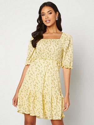Only Pella S/S Smock Dress Sunshine Flowers