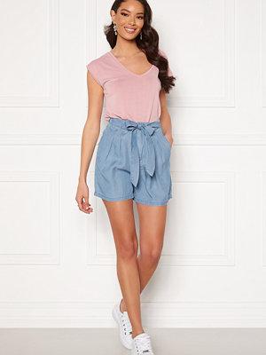 Vero Moda Mia Loose Summer Shorts Light Blue Denim