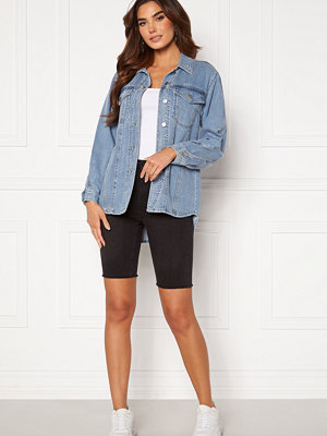 Vero Moda Loa Faith Denim Shorts Black