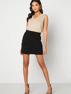 Vero Moda Eva Short Cargo Skirt Black