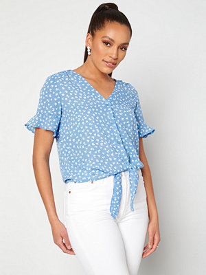 Only Monzoom Button Top Allure /Cloud Dancer